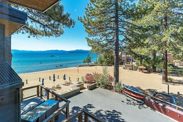 Stunning views, walk to dining & steps to beach!