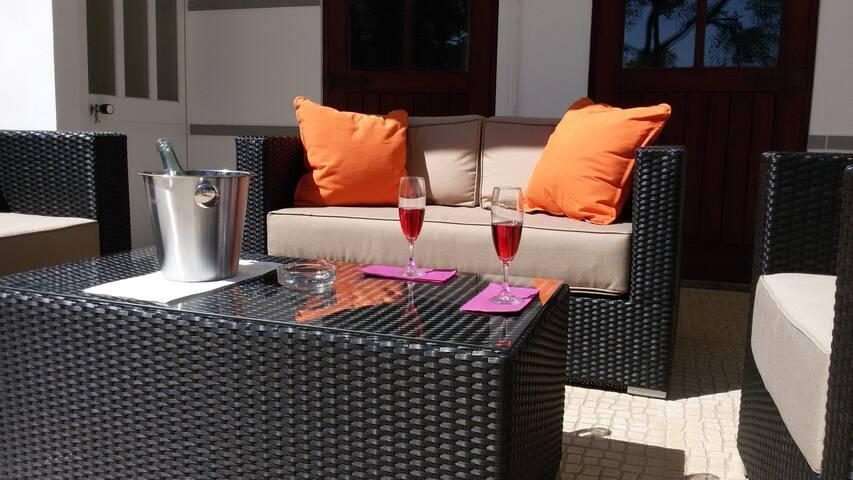 Linda Casa de férias T2- 5 pessoas - Monchique - Huis