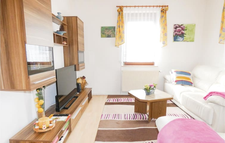 Holiday apartment with 1 bedroom on 52m² in Waltershausen/Fischb.