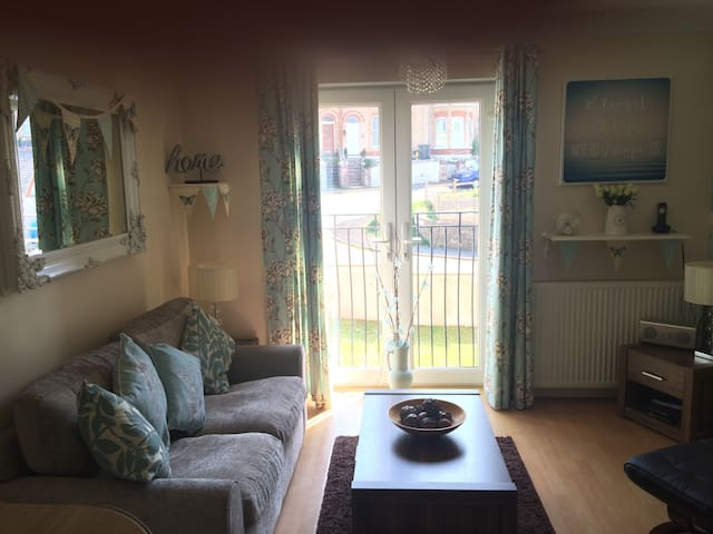 1 bed modern apartment Ilfracombe