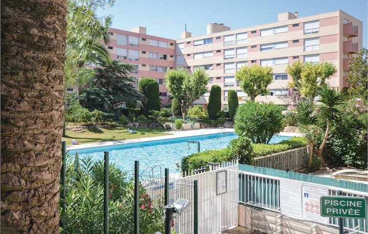 Beautiful apartment in Vallauris with Outdoor swimming pool, WiFi and Outdoor swimming pool