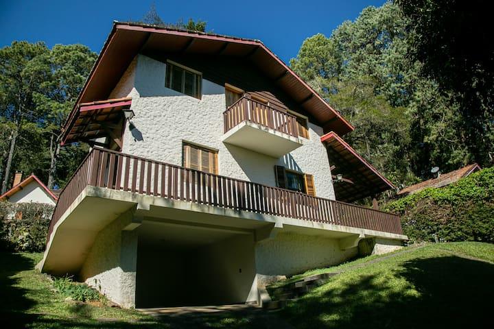 Monte Verde - Casa com Vista - 2 dormitórios