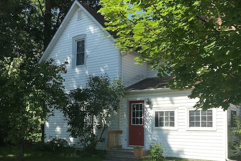 Century Home in the Heart of Almonte