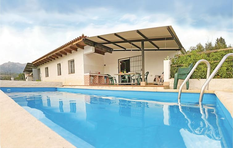 Holiday cottage with 3 bedrooms on 110 m² in Benalauria