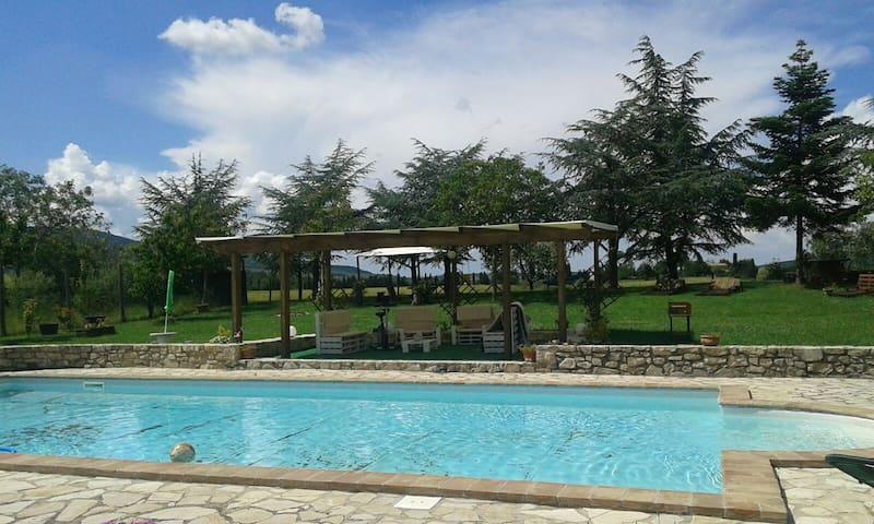 GIRASOLE at Casale Caserenzio, Terni, Umbria - Castel dell'Aquila - Apartment