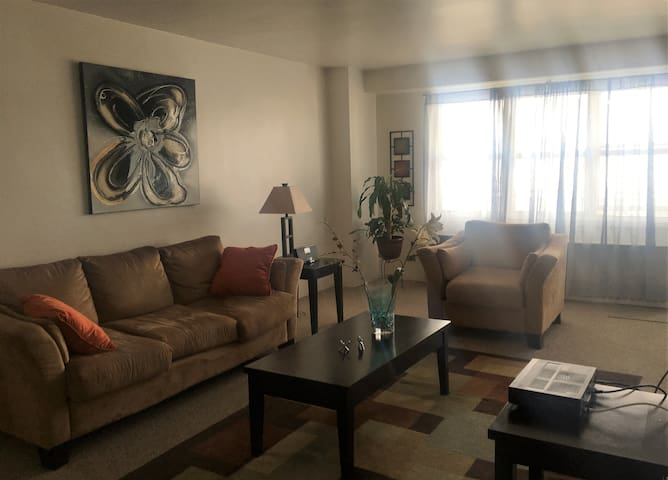 Private Room in Apt by Hudson River  - Metro North - Yonkers