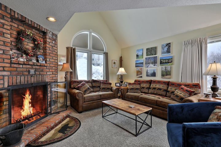 Fall Line G2B - 2Bed 2Bath - Well Maintained !