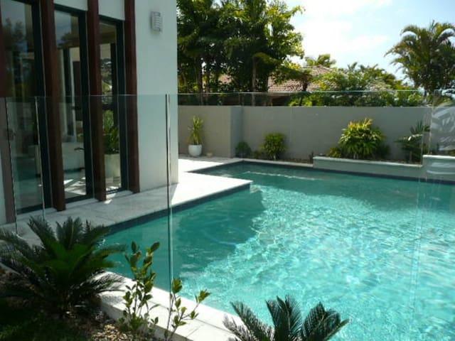 Pottsville Luxury Villa - Privacy Luxury Comfort
