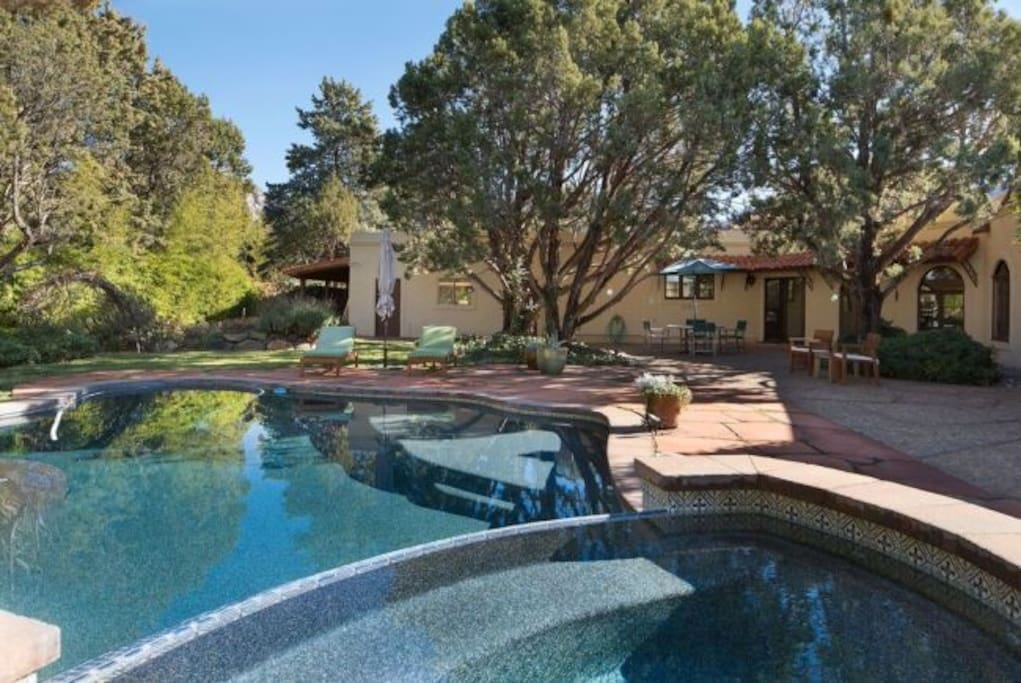 Large, Private Backyard with Pool and  Hot Tub