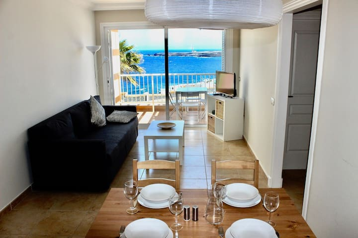 2BR Apartment with Ocean View