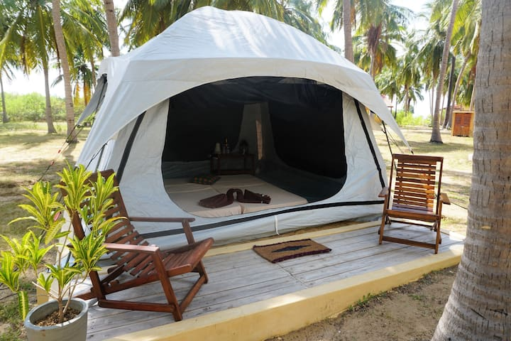 Glamping on the Kalpitiya kitesurf lagoon