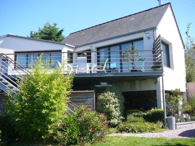 appartement 100 m2 vue mer et jardin,500m plages - Erquy - Appartement