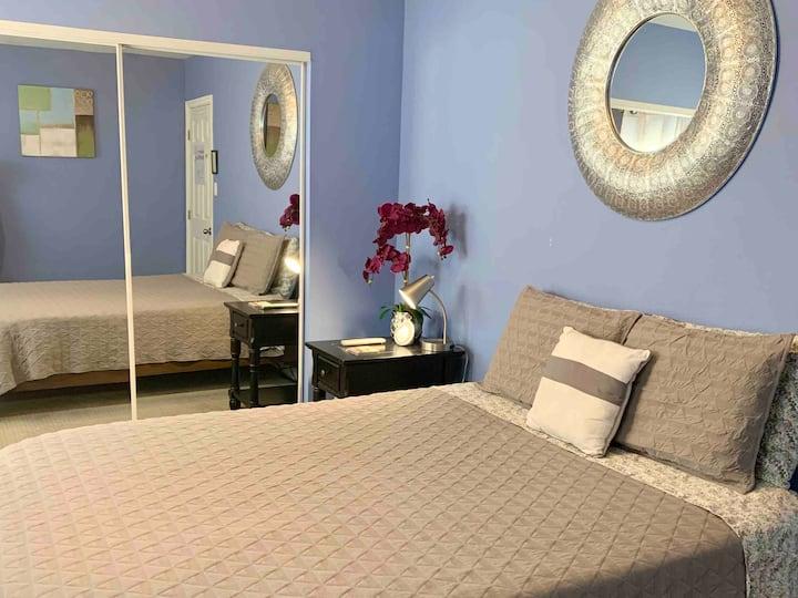 Northeast LA Cozy Private Room in my home