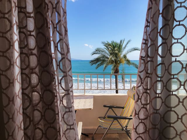 OASIS on the Beach - Stunning 2 BR Suite ⭐️⭐️⭐️⭐️⭐️
