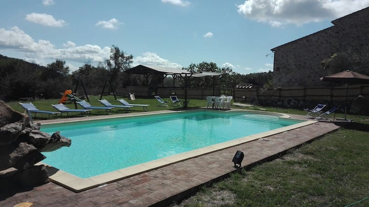 Val d'Orcia apartment with swimming pool