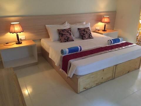 Hotel room 06