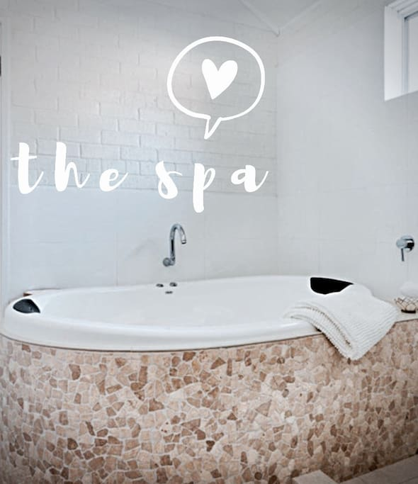 Escape down south, relax in the luxury double spa.