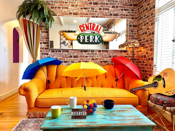 The One With The Central Perk F.R.I.E.N.D.S. Theme