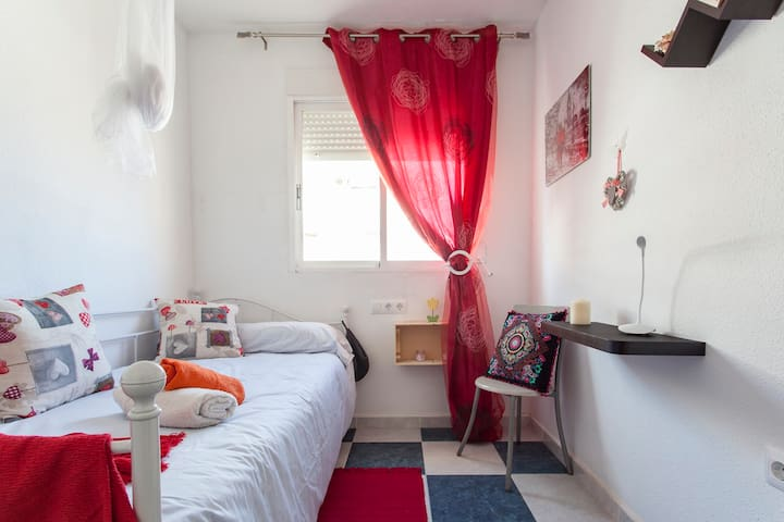 Single room - Altea - Huis