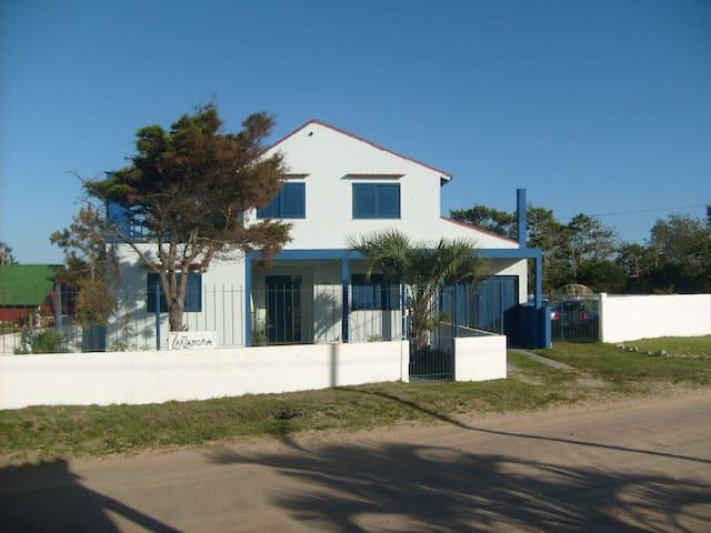 Casa ideal para dos Familias, Barra del Chuy - Santa Vitória do Palmar - Casa