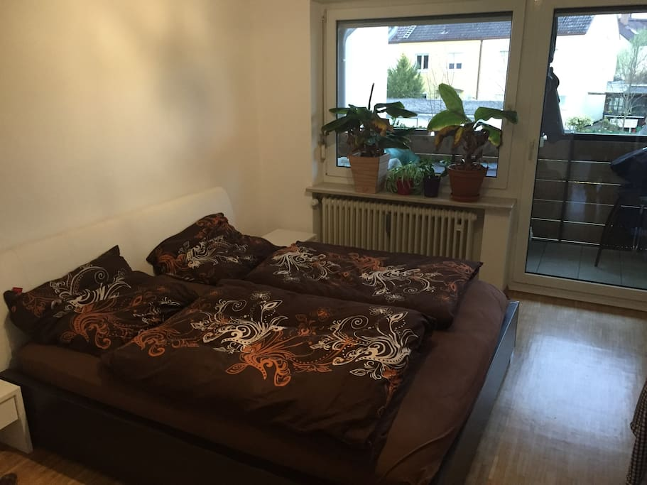 Wohnung in vaterstetten nahe messe apartments for rent for Schlafcouch 2m