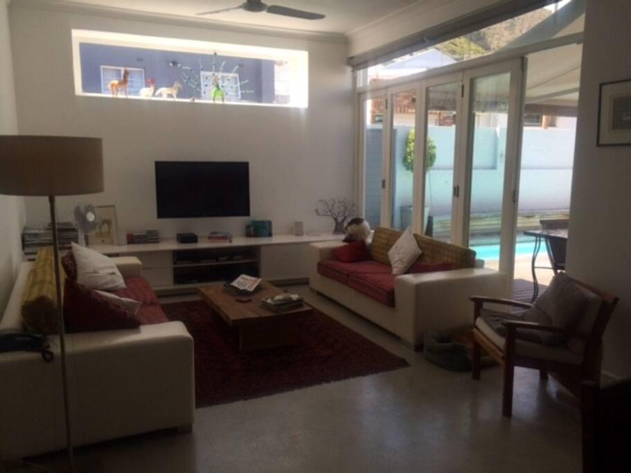 Livingroom, perfect for unwinding.
