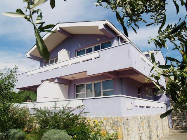 Beautiful Sea View apartment Season - Lukoran - Lejlighed