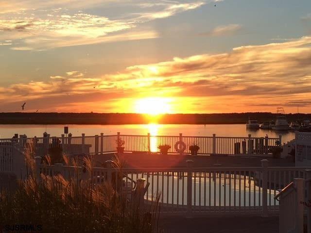 Bayfront Ocean City NJ Home, Pool, Dock, Dog Fr.