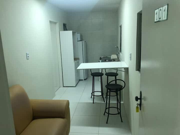 Apartamento novo em ótima localização.