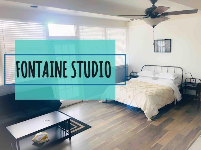 FONTAINE STUDIO safe neighborhood & private porch.