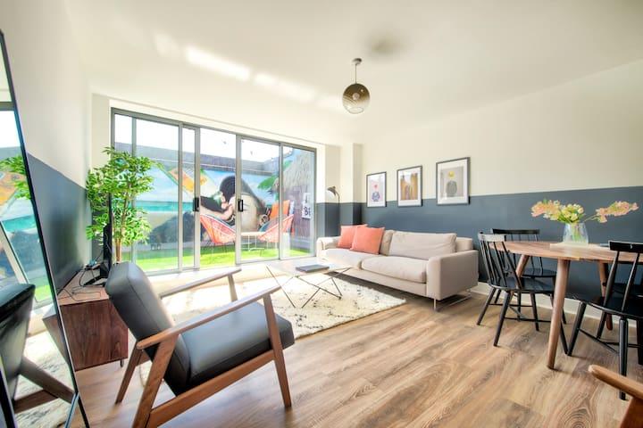 ★ Buchanan St Apartment  Garden & Sun Terrace ★