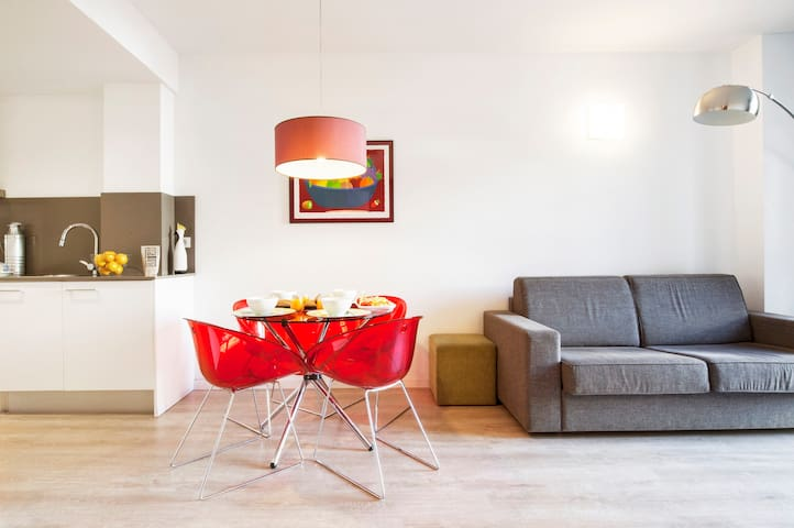 real barcelona en Apartamentos Con Servicios 112