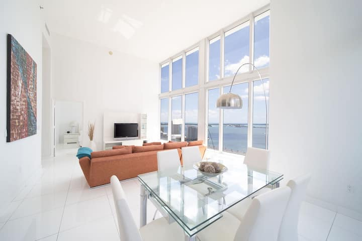 ICON BRICKELL • 2 BDR HIGH CEILING • OCEAN VIEW