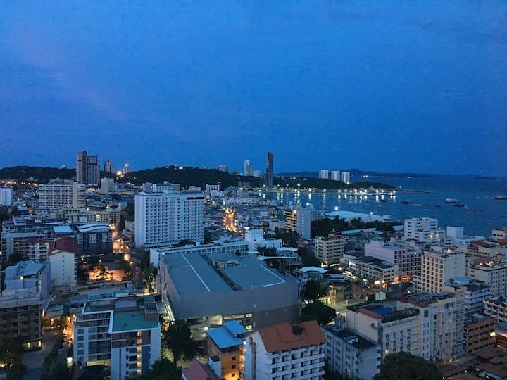 Pattaya the base condo in city center hot booking