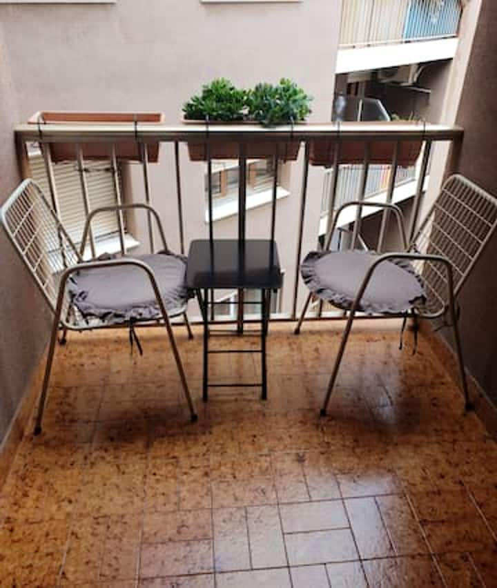 Apartment with 2 bedrooms in El Vendrell, with wonderful city view, furnished balcony and WiFi - 5 km from the beach