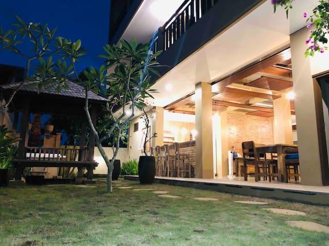 Bukawa Lodge Jimbaran #1