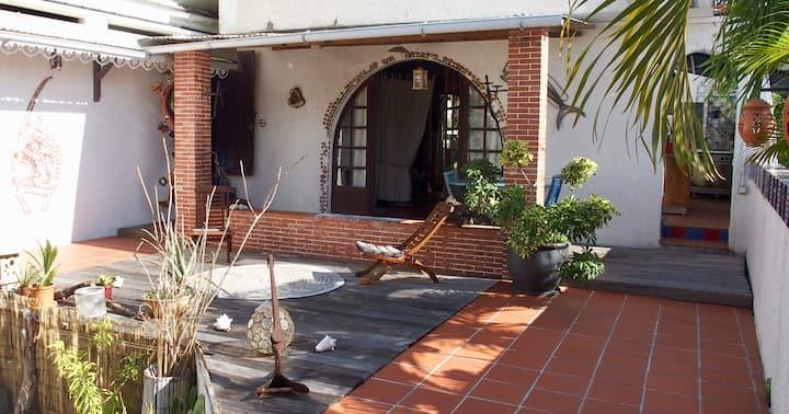 "Villa Pimenta, suite ""Invitation au voyage"""