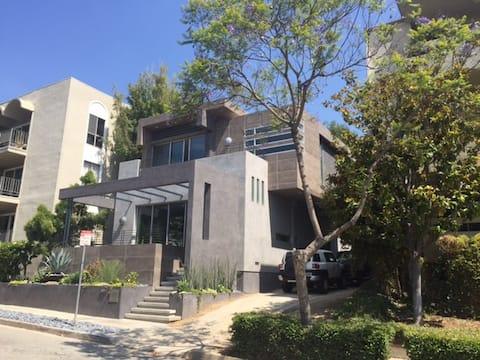 Σουίτα νέων σχεδιαστών επισκεπτών στην καλύτερη τοποθεσία του Λος Άντζελες