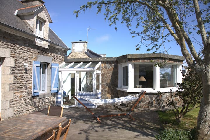 Grande maison, entre Paimpol et Bréhat