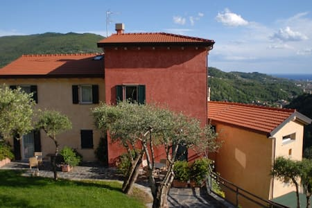 Peaceful retreat in Liguria, 8 km from the sea - Carasco - Boutique-Hotel