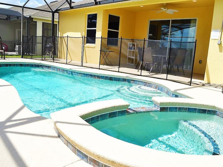 CPTL173MC - 4 beds pool and spa home - Gated