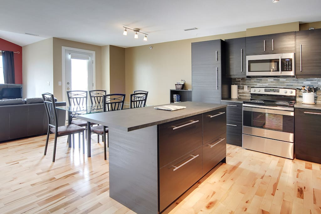 Recently renovated Summit Place 5B kitchen