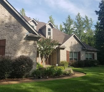 5-Star Private Estate near Collierville - Byhalia - 独立屋