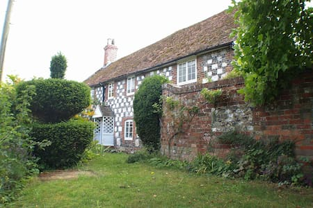 A Place for All Seasons nr Stonehenge & Salisbury - Great Wishford, Salisbury - Huis