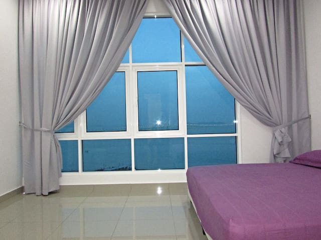 D Paradise with Panoramic Seaview - Batu Maung - Leilighet