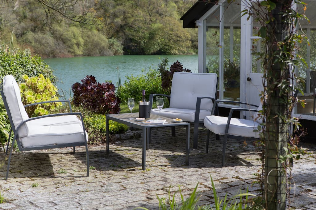 Seating area by the lake