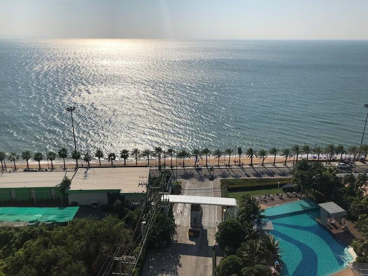 芭提雅 Jomtien Beach Park 海景两居 苠宿面海而居 度假圣地