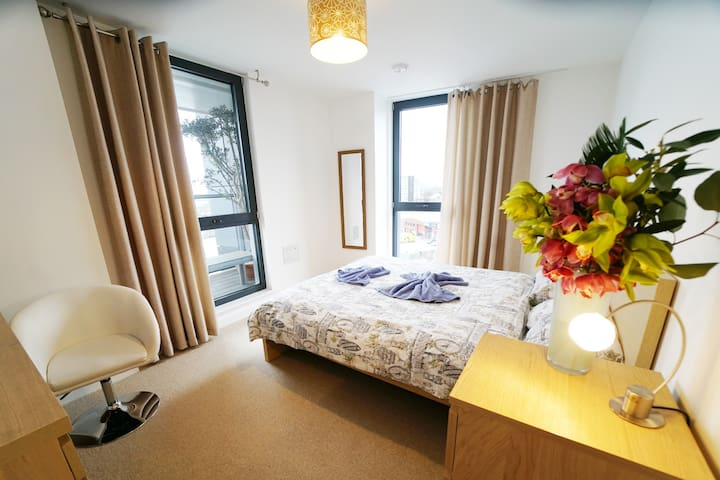 Oxford Street Room