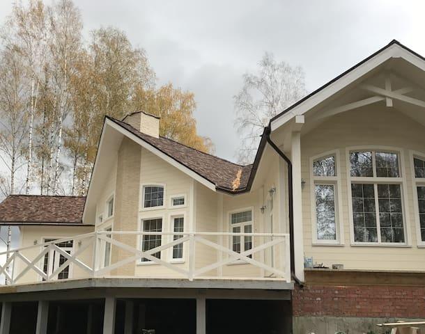 Необычный дом  в уникальном месте