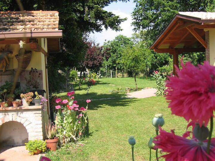House with garden, between Terracina and Circeo